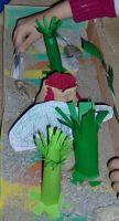Der_Diplodocus_fraß_den_ganzen_Tag_Pflanzen_und_Bäume
